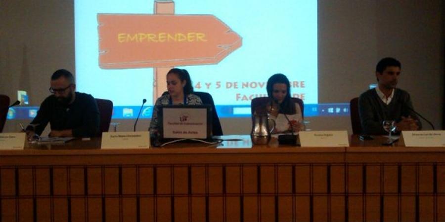 Comenzamos la jornada de hoy con @numuf @rincon_cano @teresa_segura y @_educarrillo #emprendidos